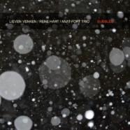 Venken-Hart-Fort Trio, Bubbles